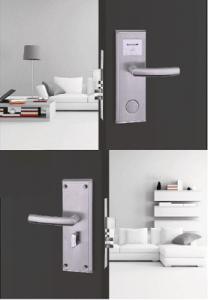 Hướng dẫn sử dụng khóa khách sạn cho khách hàng thuê phòng