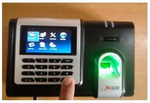 Hướng dẫn phân quyền Admin trên máy chấm công vân tay