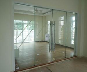 Các bước lắp đặt khóa cửa kính và cửa kính cường lực