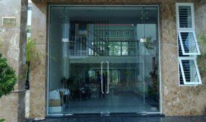 Những lợi ích khi sử dụng cửa kính và khóa cửa kính cường lực