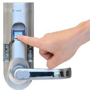 Hệ thống khóa cửa cao cấp giúp bảo vệ ngôi nhà của bạn