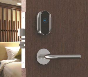 Hướng dẫn cách bảo quản khóa cửa khách sạn