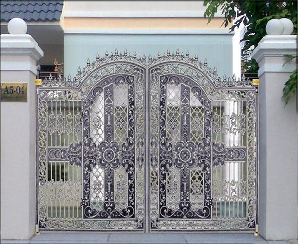 Cấu tạo và công dụng của các loại khóa cổng hiện đại