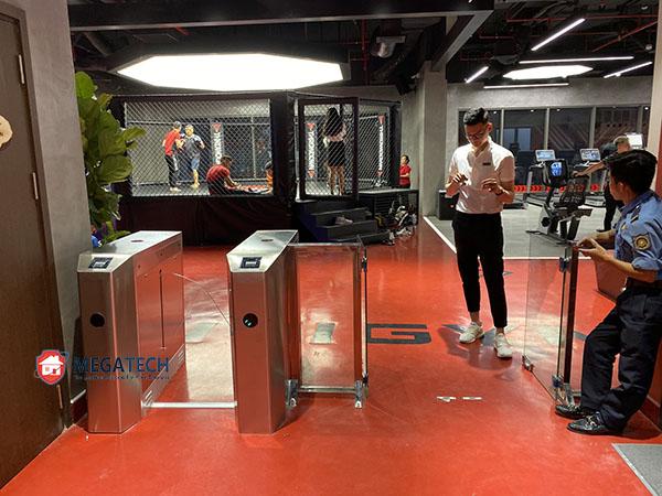 Vận hành và sử dụng hệ thống kiểm soát ra vào phòng gym CITI GYM
