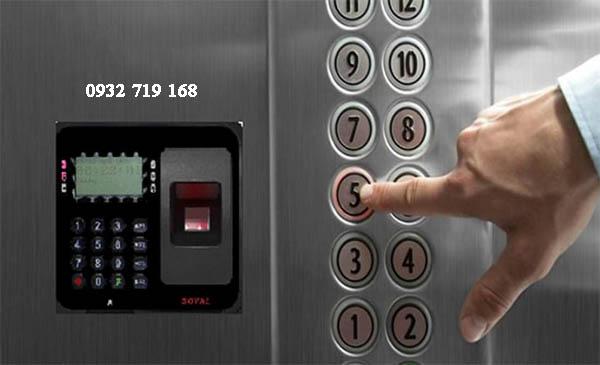 Vì sao nên sử dụng thiết bị kiểm soát ra vào thang máy?