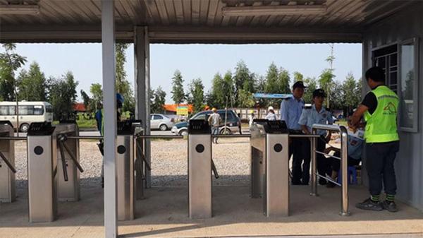Làm sao để mua được cổng xoay Tripod chính hãng, giá rẻ ở TP.HCM