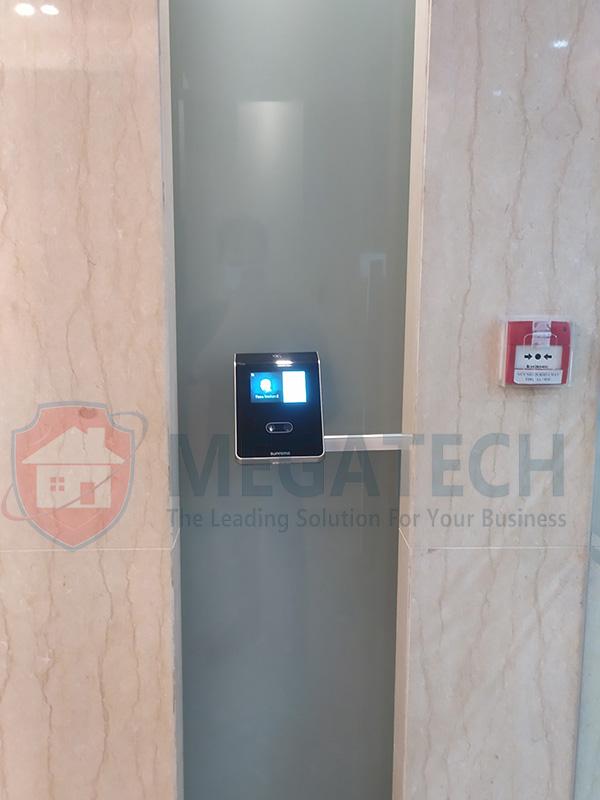 Máy chấm công khuôn mặt cao cấp cho văn phòng PVI